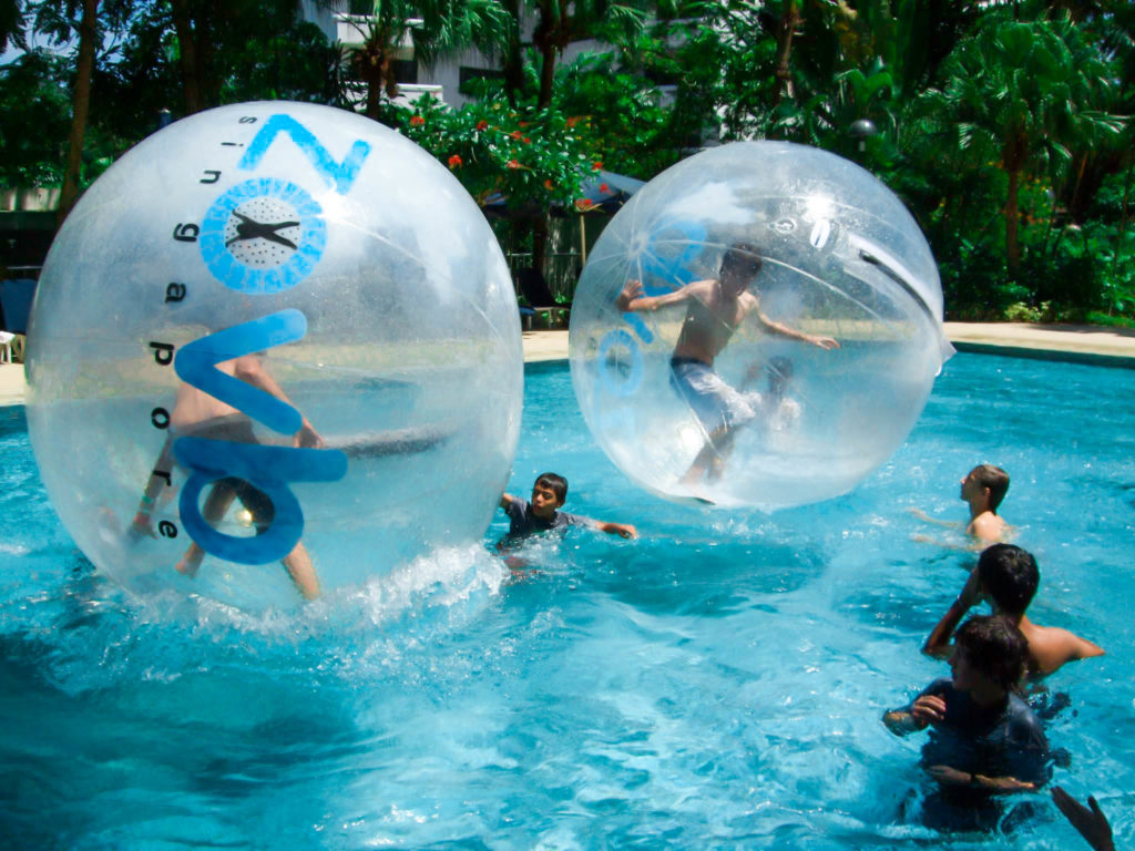 Water walking balls sg